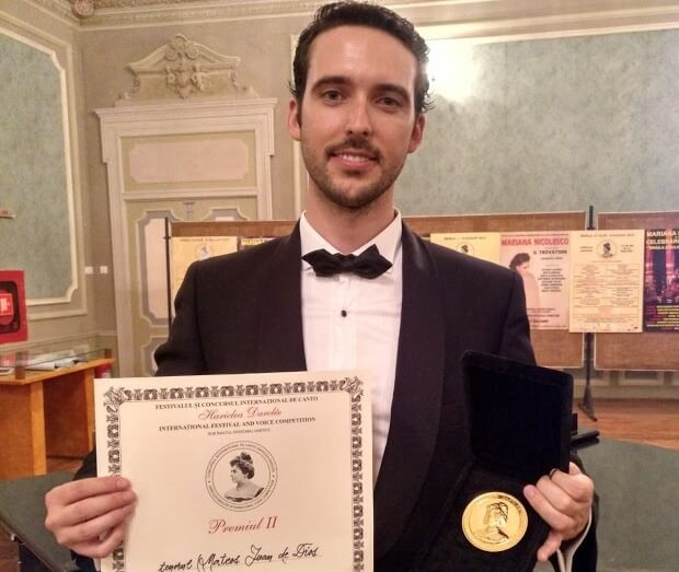 Juan de Dios Mateos Segura win second prize in Hariclea - artandscores.com